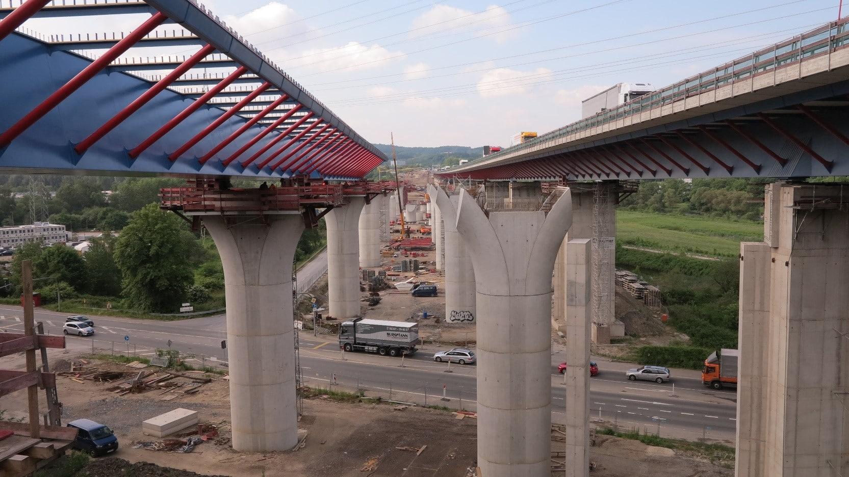 Taktkeller für das Hersellen der neuen Lenntalbrücke an der A 45 Brücke im sogenannten Taktschiebeverfahren